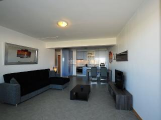 Luxury 9th Floor 1 Bedroom Apartment - Ocean Views