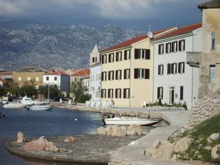 Amazing sea beach  Aparthotel Tamarix, Zadar