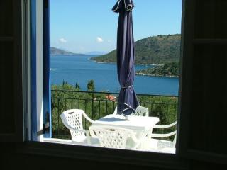 DexaVilla Apartment-4-Ocean View-Walk to the Beach, Vathy