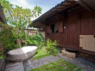 Beautiful outdoor bathroom with luxurious bathtub