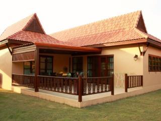 Blue Mango Family House, Rayong
