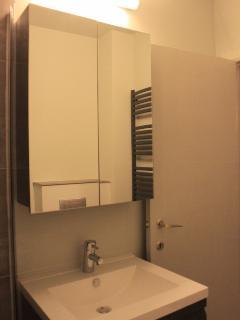 Nieuwe badkamer! New bathroom!