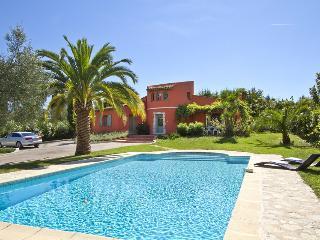 06.166 - Holiday villa wit...