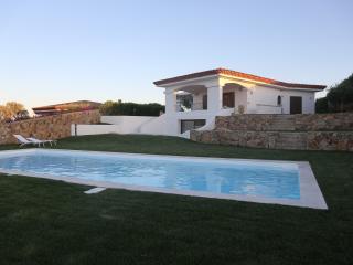 Villa Smeralda,di prestigio con giardino e piscina