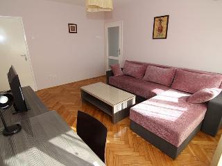 3 Rooms Flat CITY CENTER APARTMENT, Belgrade