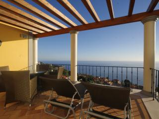 2 Bed Apartment Palheiro Spa, Funchal