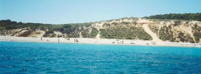large public beach at Cala Trana nearby