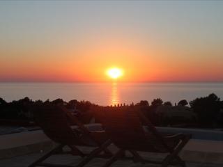 Villa de Ibiza con piscina y vistas al mar, Cala Tarida