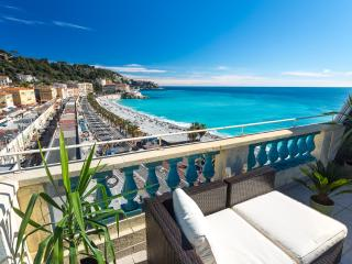 OPERA - Seafront with rooftop terrace and AC, Nice