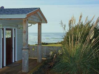 Ocean Front Vacation Home in Taft District, Private Beach Access, Lincoln City
