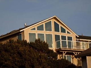 Spacious Ocean View Hm in Road's End, Close to Beach, Great Amenities!, Lincoln City