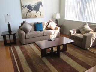 Lux 2BR in the Heart of Cambridge