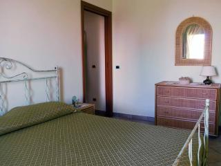 Sunny flat in SALERNO near AMALFI, POMPEI, NAPOLI!, Salerno