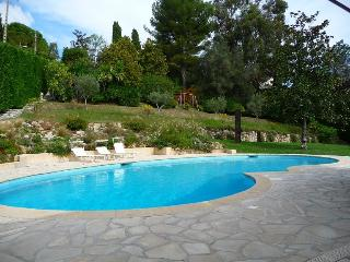 Villa in St Paul, with Chef and Wifi ready, St-Paul de Vence