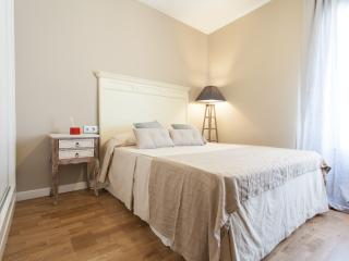 Ático Pureza  2 Dormitorios, Sevilla