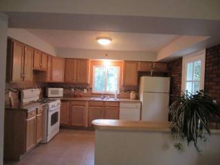 Beautiful Fully Furnished Single Family Home, Pittsburgh