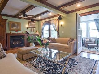 4 bedroom Victorian Condo, Boston