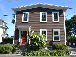 Beautifully Renovated Antique Home, Marblehead