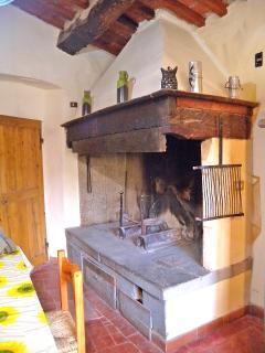 Casetta Corteccia - The Fireplace
