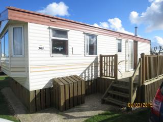 Broadland Sands 20305 with full decking., Lowestoft