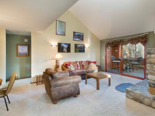 Aspen Creek 312 - Mammoth Rental - Near Eagle Lift, Mammoth Lakes