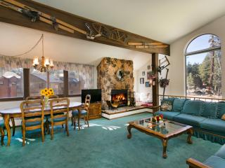 Helios South 1 - Mammoth Condo - Walk to Village, Mammoth Lakes