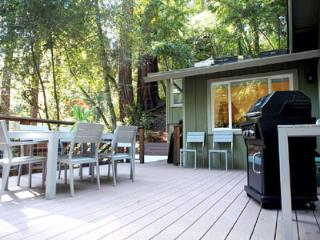 Aberly Grove, Large Deck Surrounded by Redwoods