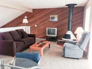 Cabana Club 205 - 2 Bedroom w/Loft Condo, Birch Bay