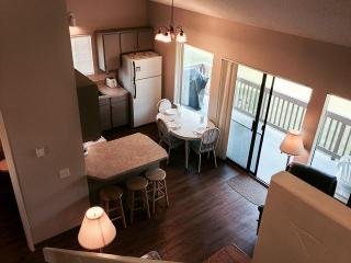 Cabana Club 208 - 2 Bedroom w/Loft Condo, Birch Bay