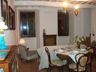 la piazzetta delle erbe appartamento Assisi, Asís