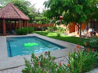 Lovely 3 BR home in a tropical setting, Tamarindo