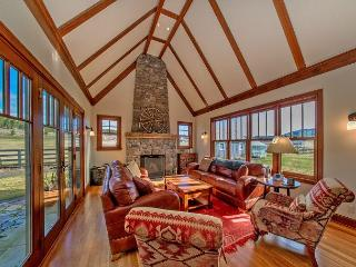 Spacious and Luxurious Ranch Style Home in the Heart of the Teanaway Valley!