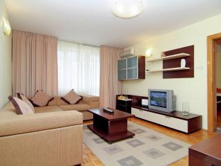 Grand Accommodation - Senia Apartment, Bucharest