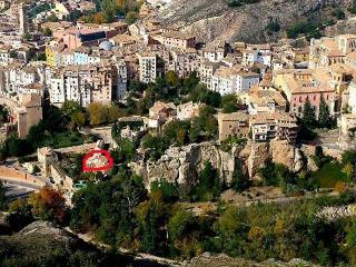 Casa con encanto en Cuenca.Barrio casas colgadas.