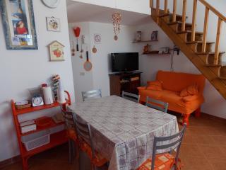 Comodo appartamento in residence, Campofelice di Roccella