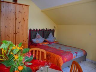 Bed 140 x 200 cm