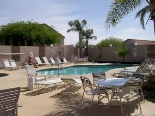 Winter get-away! Sunny fun Apache Junction AZ.