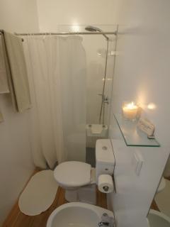 Casa de banho da suite 1 Colares