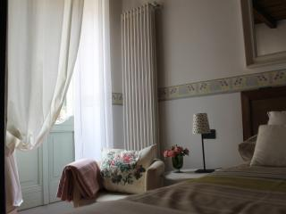 Nice cosy studio in the very heart of the town, Bergamo