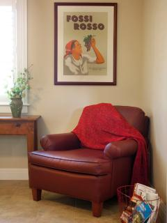 Beautifully decorated with vintage wine posters; stacks of local guides help you plan your day.