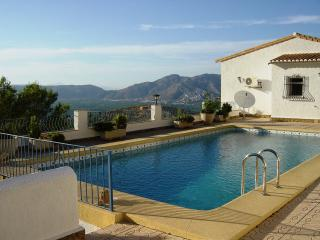 Las Aguilas tranquil villa private pool near sea, Benidoleig