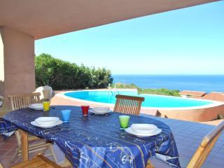 Villa con Piscina e vista mare (Costa Paradiso)