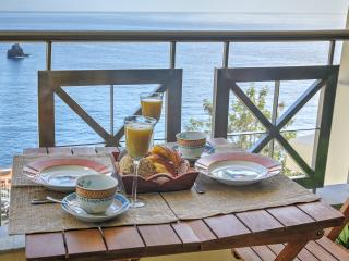 Have relaxing meals while enjoying the view.