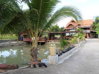 Thai Isaan Adventure, Khon Kaen