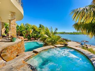 Luxury Resort Estate - Private Beach, Pool, Jacuzzi