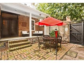 Stay Local in Savannah: Elegantly appointed home in the Historic District