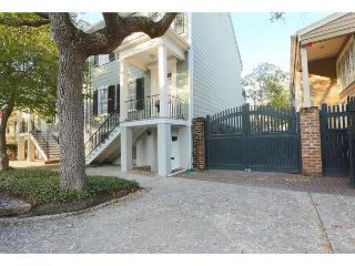 Garden home on a beautiful block in the historic district, Savannah