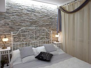 Old town stylish luxury apartment, Split