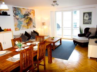 Five star 3-bed room luxury apt in Central Prague