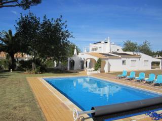 Villa Bonita with heated pool